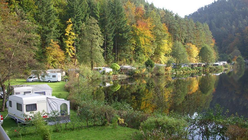 Neudahner Weiher im Herbst. Liebe Grüße an Familie Steidl!